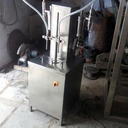 Table Top Semi Automatic Liquid Filling Machine