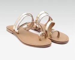 Carlton Overseas Synthetic Women Solid Color One Toe Flats Sandals, Size: 3-8