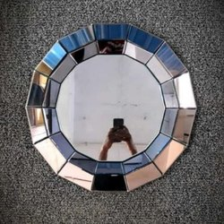 Glass DEcorative Round Mirror, Thickness: 4 Mm