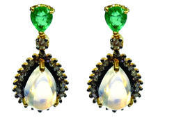 Diamond Earring Studded With Emerald And White Rainbow