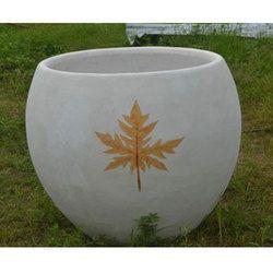 Round Concrete Pot
