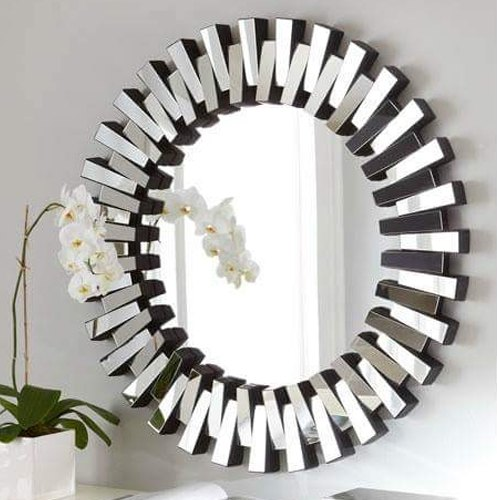 Silver Glass Fancy Round Mirror, Thickness: 10-20 Mm