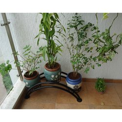 Arc Shape Pot Stand