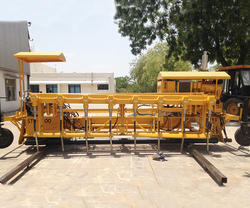User Friendly Interface Sturdy Concrete Paver Machine
