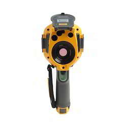 160x120 Day Fluke Ti200 Infrared Camera, Camera Range: 15 to 20 m