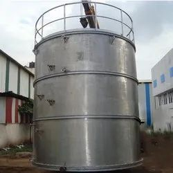 Vertical Water Storage Tank