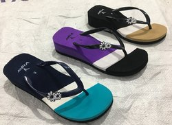 Ladies Heel Rubber Slipper, Size: 4-6, 4-7, 5-7