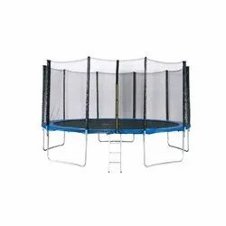 14 Ft. Enclosure Trampoline With Ladder