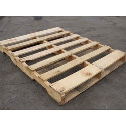 Rectangular 2 Way Industrial Hardwood Pallet, for Warehouse, Capacity: 500 Kg - 1 Ton