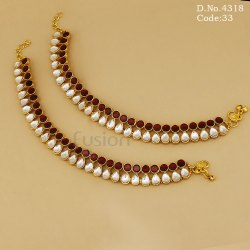 Traditional Pearl Kundan Wedding Payal