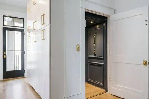 기계실 거울 마감 주거용 엘리베이터 포함, 최대 인원 / 수용 인원 : 4 명, Rs 450000 / 개 |  아이디 : 21163414655
