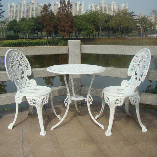 Awesome White Aluminium Table And Chair Theyellowbook Wood Chair Design Ideas Theyellowbookinfo