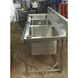 Triple Bowl SS Kitchen Sink