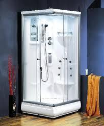 Delicieux A Steam Bath Room Is An Enclosure With An Average Temperature Somewhere  Between 115   125 F. A Steam Generator Keeps The Room Filled With Thick  Clouds Of ...