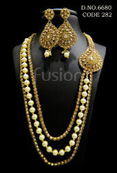 Antique Pearl Necklace Set