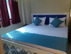 Kashi Apartments With Non-AC Room Services