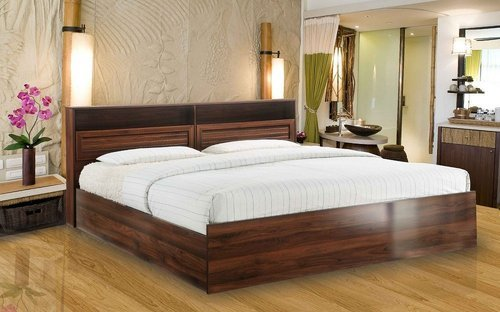 Queen Size Bed.Queen Size Wooden Bed With Storage