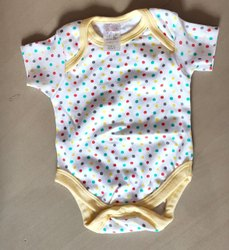 Unisex Casual Wear Romper, Age Group: 0-1yr