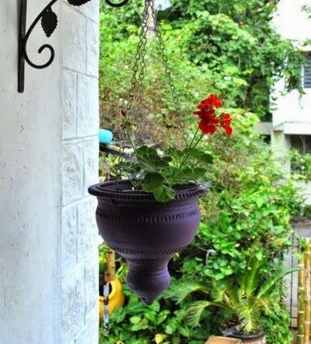 terracotta hanging pot pakki mitti ki handiyaan my sunny balcony pvt ltd. Black Bedroom Furniture Sets. Home Design Ideas