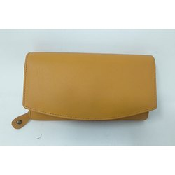 Light Tan Leather Ladies Wallet