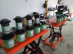 Bottle Green Hydraulic Jack, Capacity: 41-100 Ton