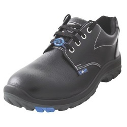 Acme Sturdy Safety Shoes