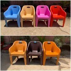 Antique Plastic Designer Box Chair, Back Style: Tight Back, Medium