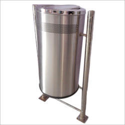 Stainless Steel Road Dustbin