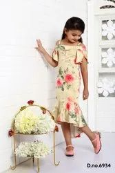 Girl Knitted Charming Yellow Floral Print Short Dress