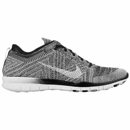 Nike Women Sports Formal Shoes, Size: 6