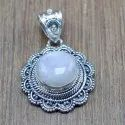 925 Sterling Silver Royal Jewelry Rainbow Moonstone Gemstone Pendant Wp-6069