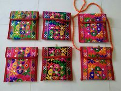 Cotton Canvas Casual Wear Embroidered Side Bag, Size(cm): 7.5*7.5