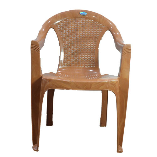 Attirant Plastic Moulded Chair