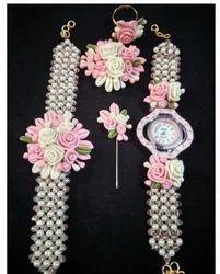 Ladies Fancy Watch And Bracelet
