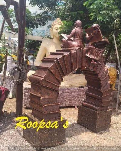 Beti Padhao Statue