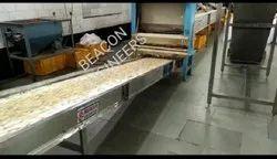 Beacon Engineers Mild Steel Food Handling Conveyors, 420 V