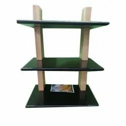 3 Tier Wall Mounted Wooden Shelves, Height: 20 Inch