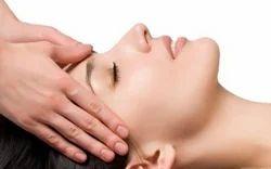 Lymphatic Face Massage