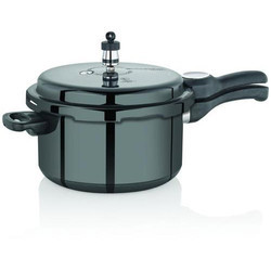 Trendy Black Cooker