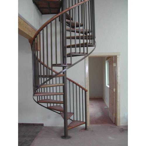 Royal Fabrication Mild Steel MS Spiral Staircase, for Home