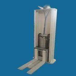 Pneumatic Material Handling Machine