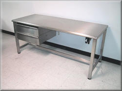 TGPE Standard Stainless Steel Work Benches