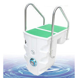 Integrative Swimming Pool Filter