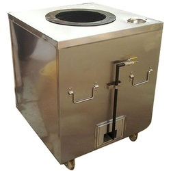 Metal Square Metallic Gas Tandoor, Capacity: 50 Chapatti per hr, for Commercial