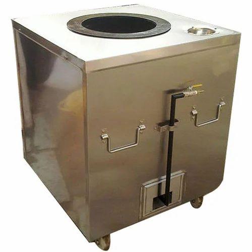Metal Square Metallic Gas Tandoor, Capacity: 50 Chapatti per hr, for Commercial