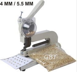 Eyelet Punch Machine 4 mm / 5.5 mm