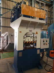 Santec Cast Steel And Iron Automatic H-Frame Hydraulic Press, Capacity: 180 Ton