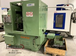 Pfauter P251 Gear Hobbing Machine