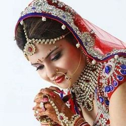 Bridal Make Up Service