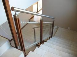 SS Wood Railing with Glass